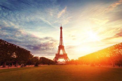 Ceux qui se tournent vers la terre française